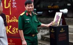 """Danh tướng Việt Nam """"đắt khách"""" trong ngày ra mắt"""
