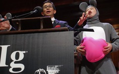 Ig Nobel 2013: Vỗ tay là phạm pháp đoạt giải hòa bình