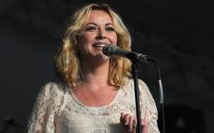 Charlotte Church tố cáo sự dung tục trong ngành công nghiệp âm nhạc
