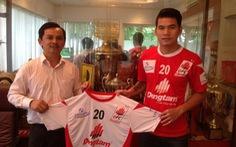 Quang Thanh kí hợp đồng 2 năm với Đồng Tâm Long An