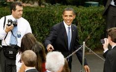 Ông Obama chủ hôn cho nhiếp ảnh gia Nhà Trắng