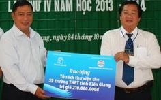 Tặng 52 tủ sách trường học cho quê hương nhà văn Sơn Nam