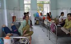 Hai vụ ngộ độc: 44 người nhập viện