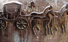 Ngựa và long mã