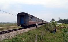Nghệ An: cố vượt qua đường sắt, bị tàu tông nguy kịch