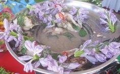 Ăn canh chua cá ngát bông lục bình