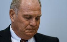 Ông Hoeness không kháng án và từ chức chủ tịch đội Bayern