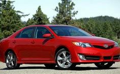 """Camry 2015 quyết """"đánh"""" Hyundai Sonata khỏi Mỹ"""