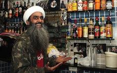 Đến Brazil thăm quán bar của Bin Laden