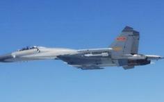 Chiến đấu cơ Trung - Nhật vờn nhau trên biển Hoa Đông