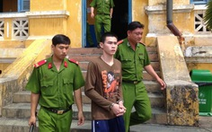 Hung thủ đâm chết cán bộ xã bị xử tù chung thân