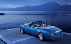 """Rolls-Royce ra mắt xe mui trần """"báu vật"""" đại dương"""