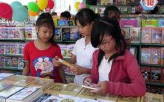 Sách hè giảm giá khắp nội ngoại thành