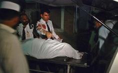 Pakistan: Máy bay chở 170 hành khách bị bắn, 1 người chết