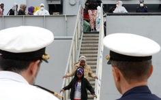 Ý tìm thấy 600 dân di cư trên biển, 30 người chết ngạt