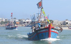 Ngư dân Quảng Ngãi vẫn can trường bám biển