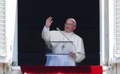 Giáo hoàng xin lỗi nạn nhân bị linh mục tấn công tình dục