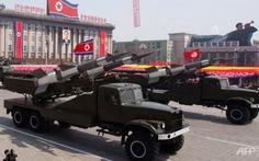 CHDCND Triều Tiên lại bắn tên lửa