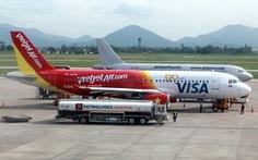Chim lại va máy bay, Jetstar Pacific phải hủy hoãn chuyến