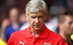 Wenger cho Oezil, Podolski và Mertesacker nghỉ ngơi đầu mùa