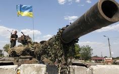Lính Ukraine bao vây chặt Donetsk