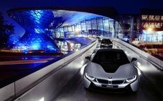 """BMW và Caddilac đánh vào """"đồn địch"""" Tesla"""