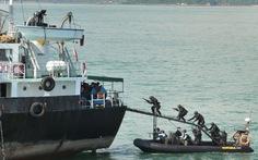 Ghê rợn cướp biển ởeo Malacca và eo Singapore