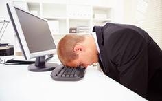 Mối luẩn quẩn tơ vò stress và mất ngủ