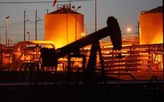 3 lý do chính khiến giá dầu rơi tự do