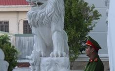 """Lúng túng """"cứu""""làng nghề làm sư tử đá"""