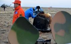 Tàu thăm dò Mặt trăng của Trung Quốc trở về an toàn