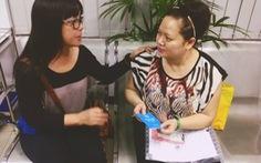 Trao sổ tiết kiệm cho con gái nhạc sĩ Thanh Bình