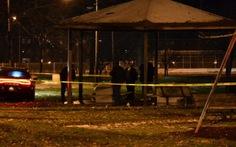 Cảnh sát Mỹ bắn chết cậu bé 12 tuổi cầm súng giả