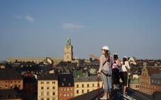 Du ngoạn trên những mái nhà Stockholm