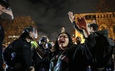 Ai nung nóng cơn giận màu đen ở Mỹ?