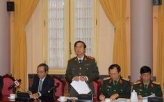 Trung tướng chức thấp phải chào thiếu tướng chức cao
