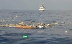 Hàng nghìn tấn nhựa đang trôi nổi trên các đại dương