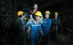 Thủ tướng gửi thư khen lực lượng cứu hộ 12 công nhân