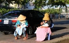 Có nên tắm nắng cho trẻ trên đường?