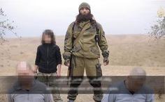 """IS tung video chiến binh nhí hành quyết 2 """"gián điệp Nga"""""""
