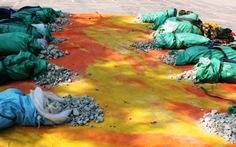 Thu giữ 670kg thuốc nổ đưa từ Lào vào VN