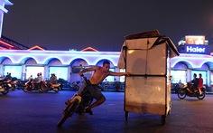 15 phút biến phố thành chợ ở Bến Thành