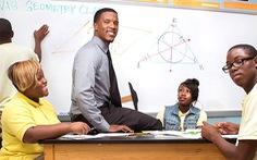 Từ danh thủ NFL rẽ ngang làm thầy dạy toán