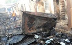 Thiếu nữ bị châm lửa đốt vì nghi đánh bom tự sát