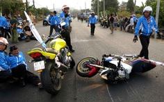 Tạm giữ người cán thành viên đội mô tô tử nạn