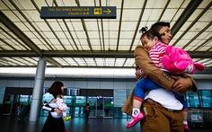 """Hai hãng bay """"tranh nhau"""" nhà ga:Cần đấu giá công khai"""