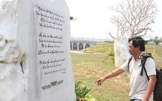 Khắc thơ sai chính tả trên tượng đài mẹ VN anh hùng
