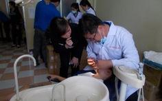Tặng phòng khám nha khoa cho huyện An Lão