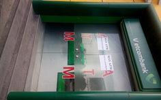 Dùng máy hàn cắt hộc đựng tiền ATM lấy 1,4 tỉ đồng
