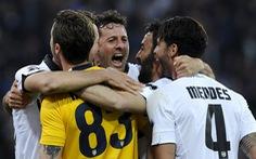 Juventus thua đội chót bảng Parma